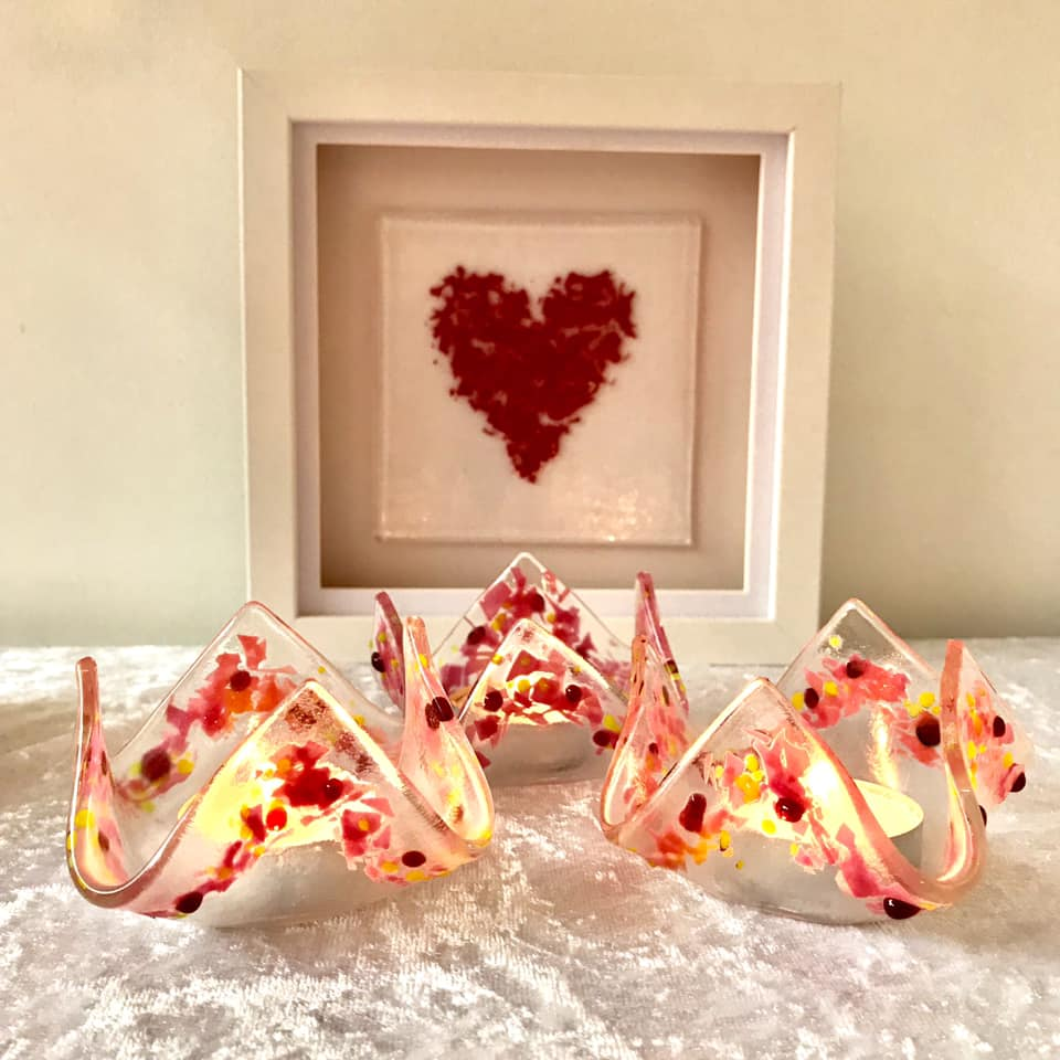 Image of Pink tea light holders