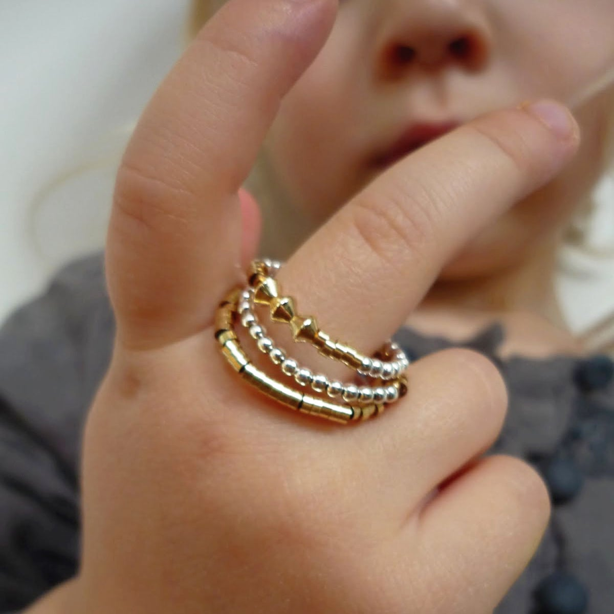 "Image of BAGUE ""KARIKA I"""