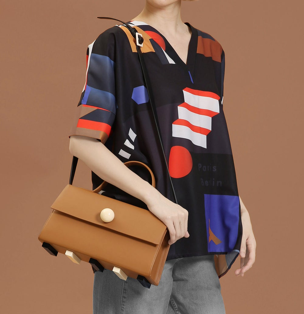 Trapezoid satchel bag • Brown with strap