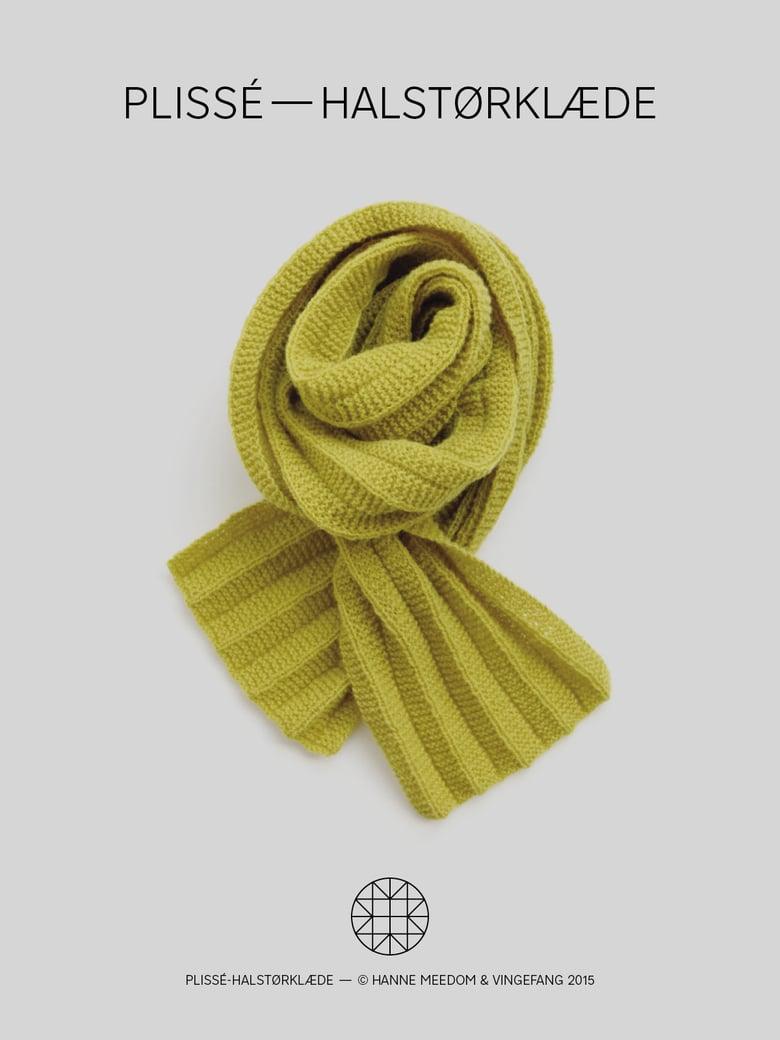 Image of Opskrift / plissé—halstørklæde