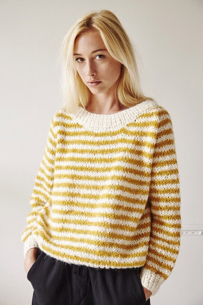 Image of -- PATRON/PATTERN : STRIPES SWEATER --