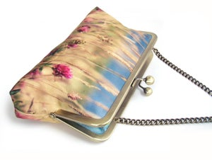 Image of Meadow flowers purse