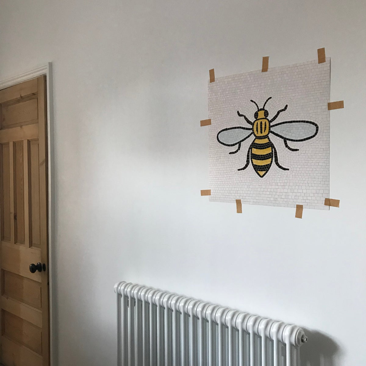 Image of MANCHESTER BEE ART PRINT - SIZE LARGE - 50 CM SQUARE