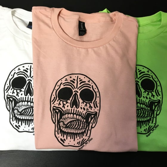Image of CHEWING TUBES TEE
