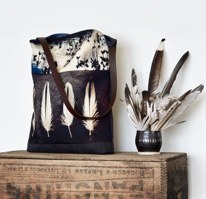 Image of Tote bag, oystercatcher bogbean