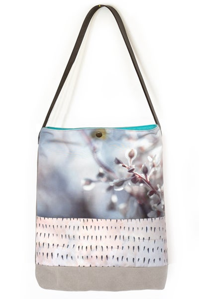 Image of Ullapool flower, tote bag + leather strap