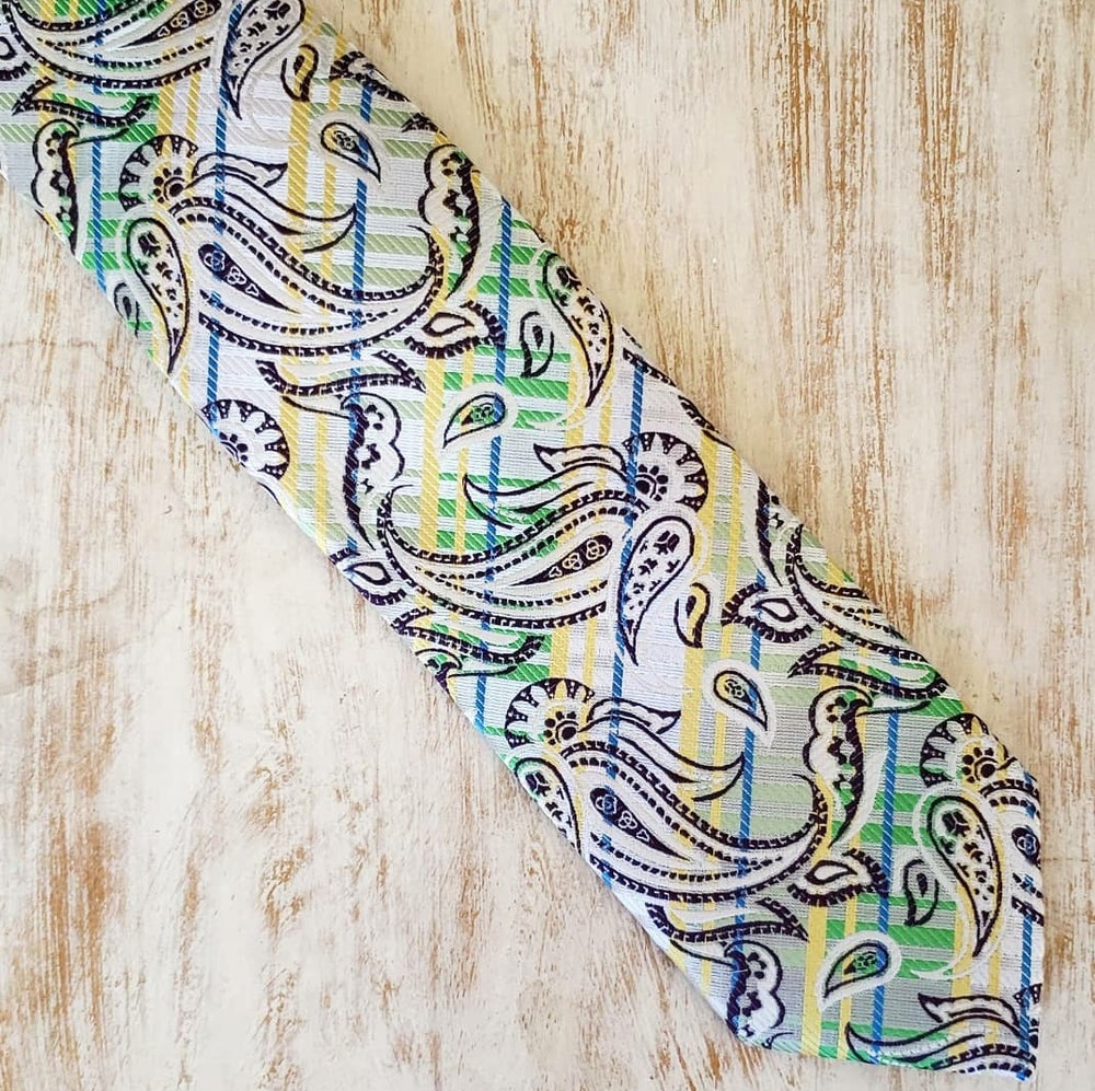 Image of GREEN SPACE PAISLEY NECKTIE