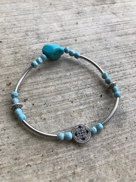 Image of Dainty turquoise