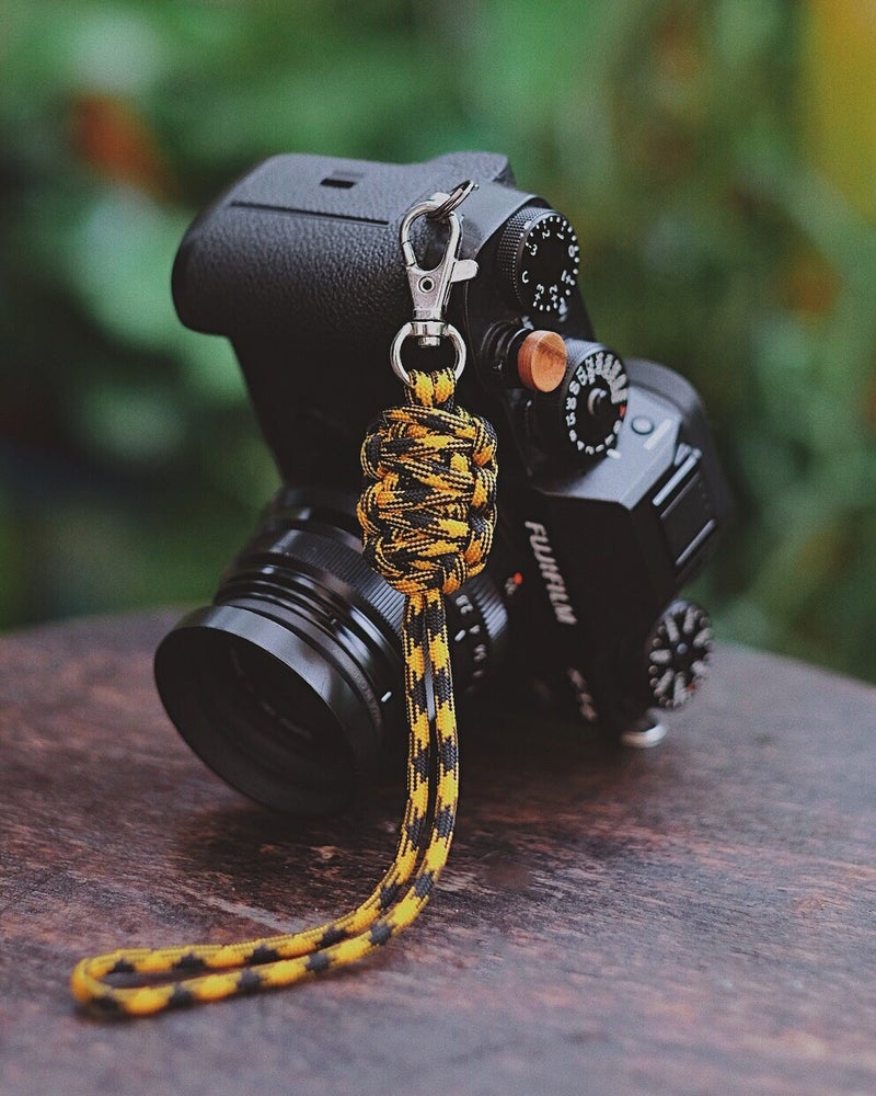 Image of Double strap small lanyard w/ clip (8.5 inches)