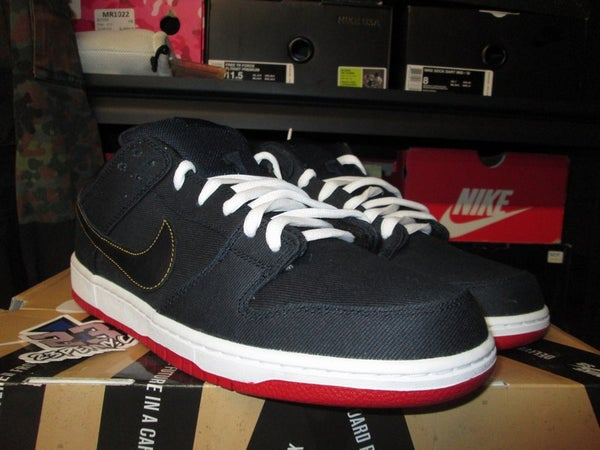 "SB Dunk Low Pro ""Levi's - Dark Obsidian"" - SIZE13ONLY by 23PENNY"