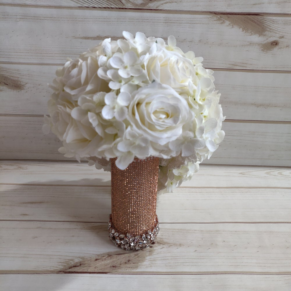 Amanda Bling Bouquet Holder (Available in Silver)