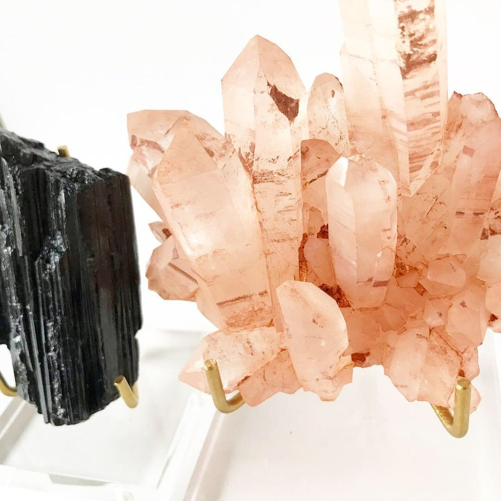 Image of Quartz no.01 Aphrodite Collection Lucite Pairing