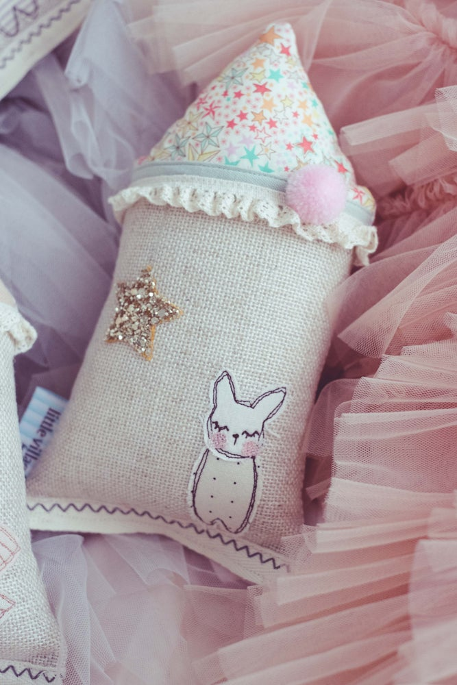 Image of PREORDER - Teeny Tiny cushion - Liberty star