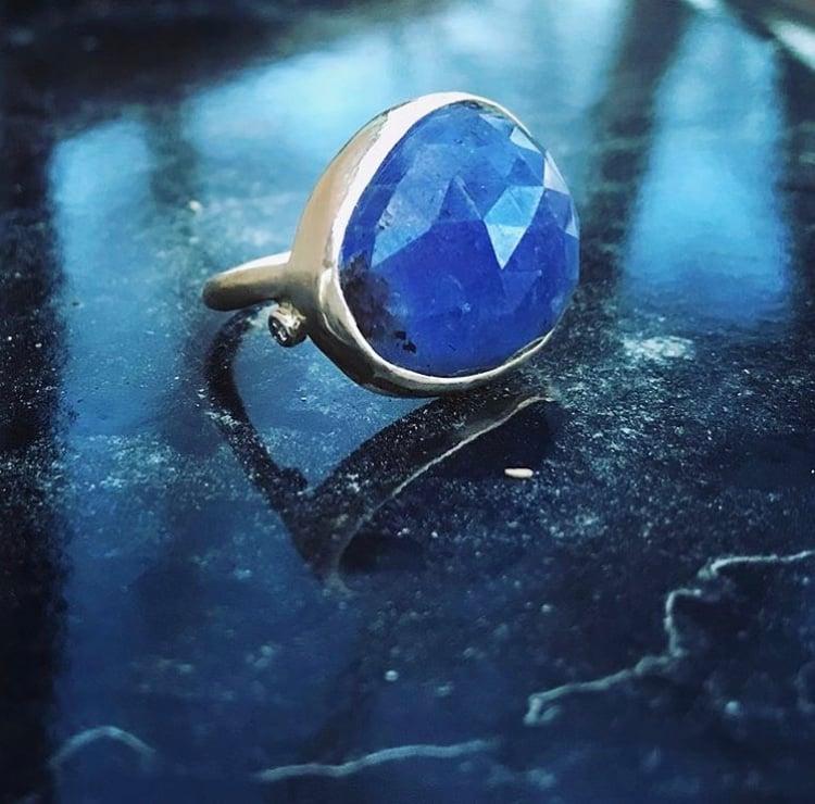 Image of Tanzanite ring