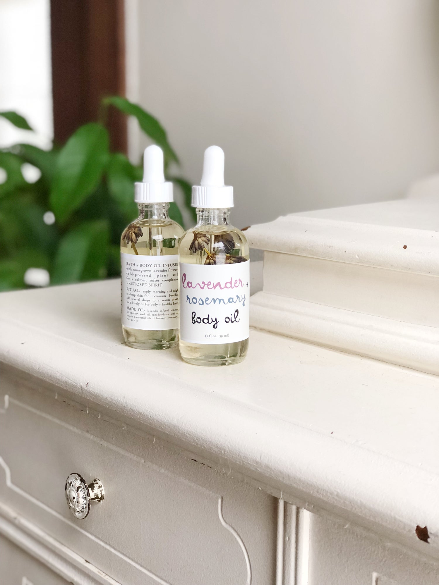 Image of :BLOOMING LAVENDER BODY OIL: lavender + rosemary