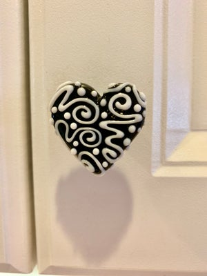 Image of Black and White Heart Drawer Pull