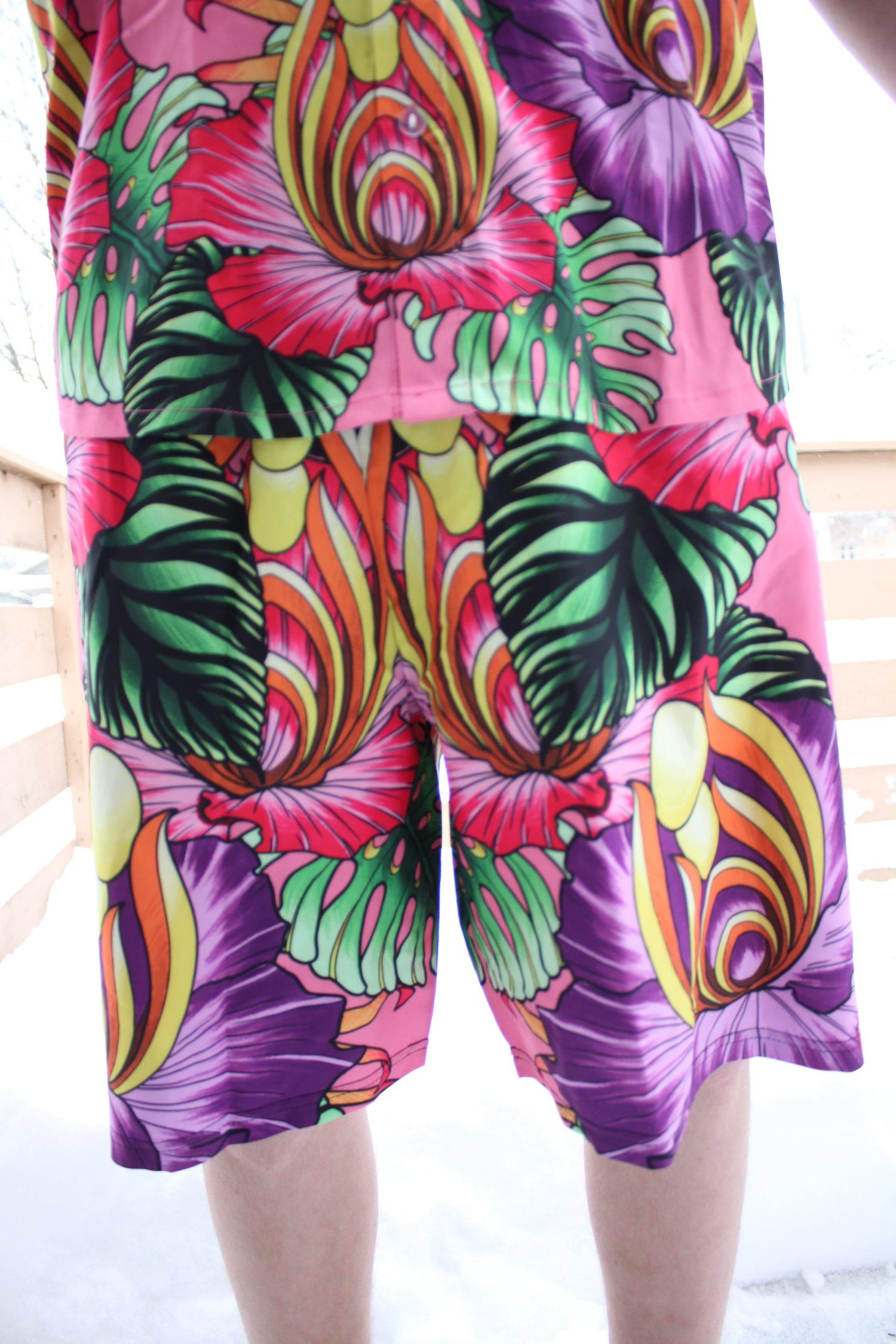 Hawaiian Style Method - Pink Shorts