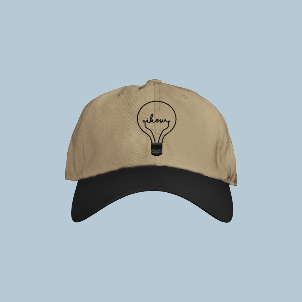 Image of lightbulb hat