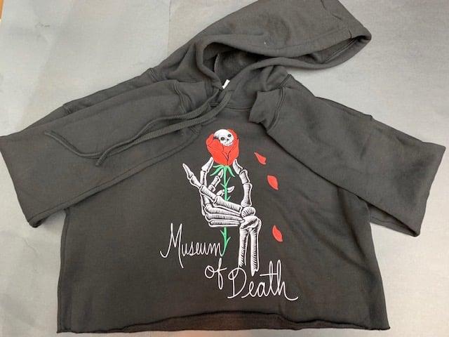 Image of M.O.D. Skull Rose Crop Top Pullover Hoodie
