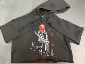 Image of M.O.D. Skull Rose Crop Top Pullover Hoodie