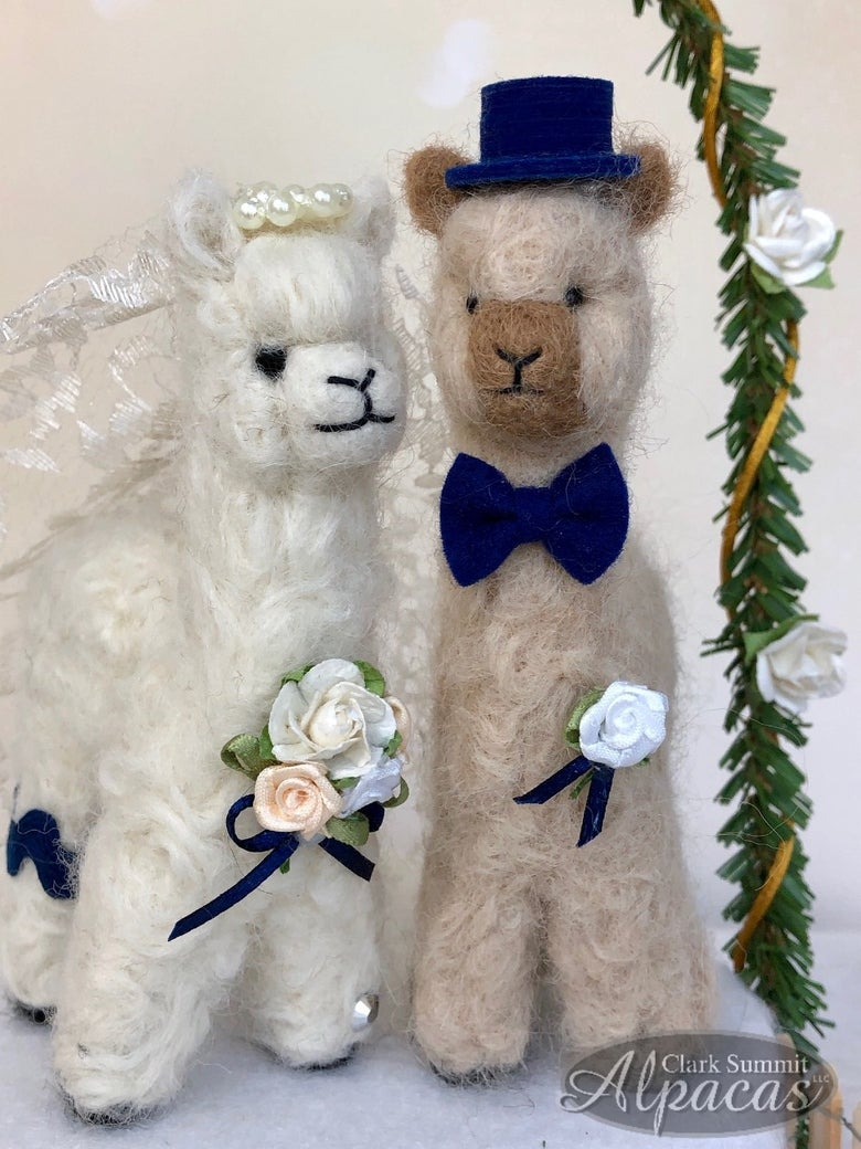 Image of Mini Alpaca Bride Groom Wedding Party Decor Cake Topper Favors