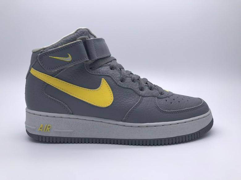 "detailed look 01341 b1fb1 Image of NIKE AIR FORCE 1 MID SC ""LIGHTENING"""