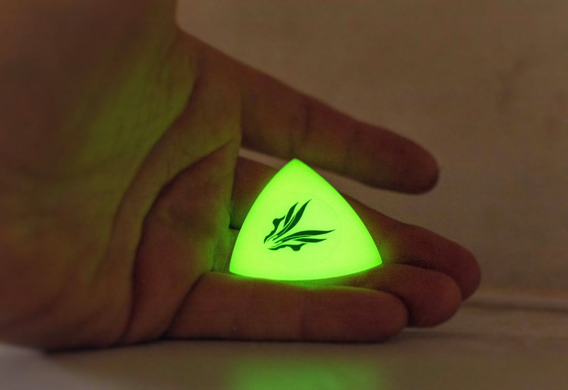 Image of NEW: The 'HUFGLOW II' 2.5mm plectrums!