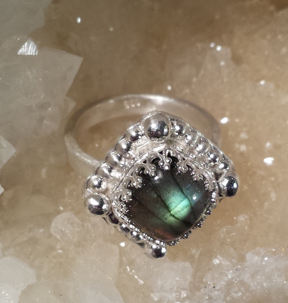 Image of DIAMOND LABRADORITE STERLING SILVER RING