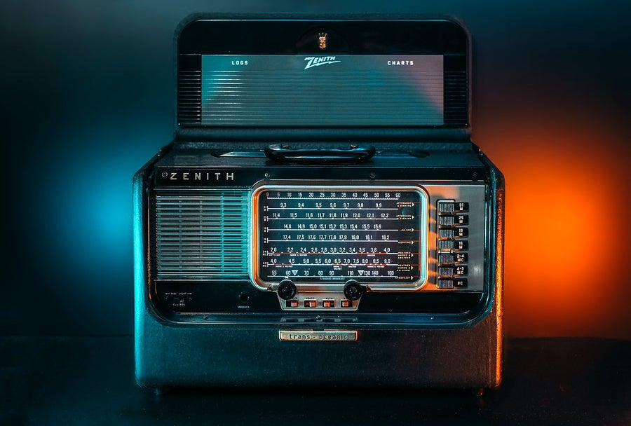 Image of ZENITH TRANS-OCEANIC R600 (1955) RADIO D'EPOCA BLUETOOTH