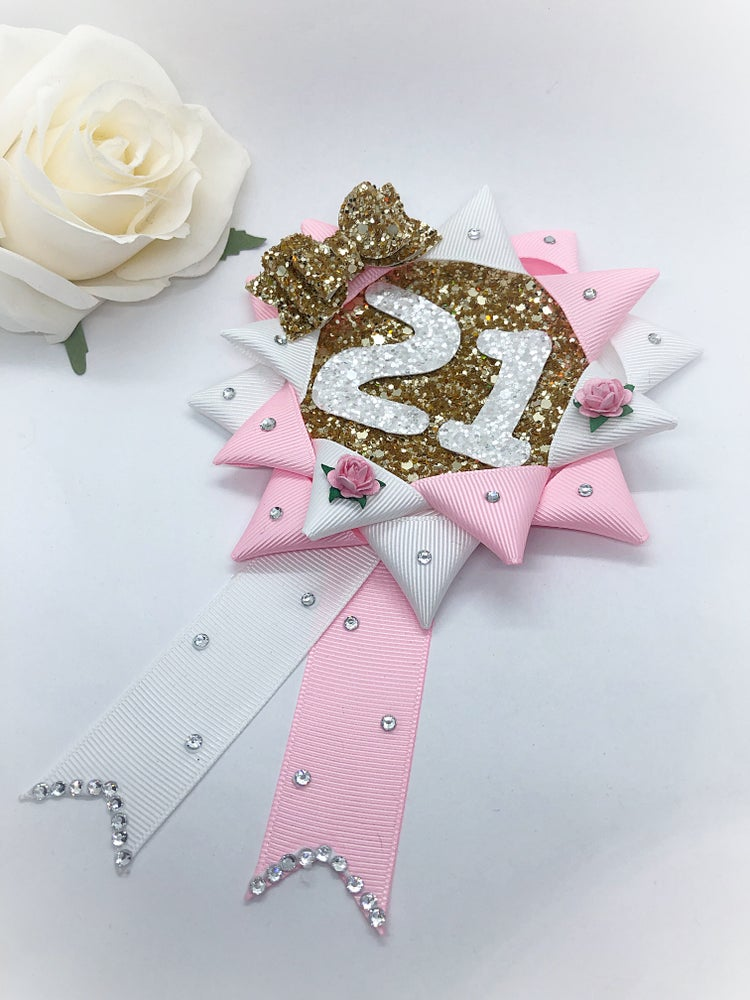 Image of Beautiful double number rosette