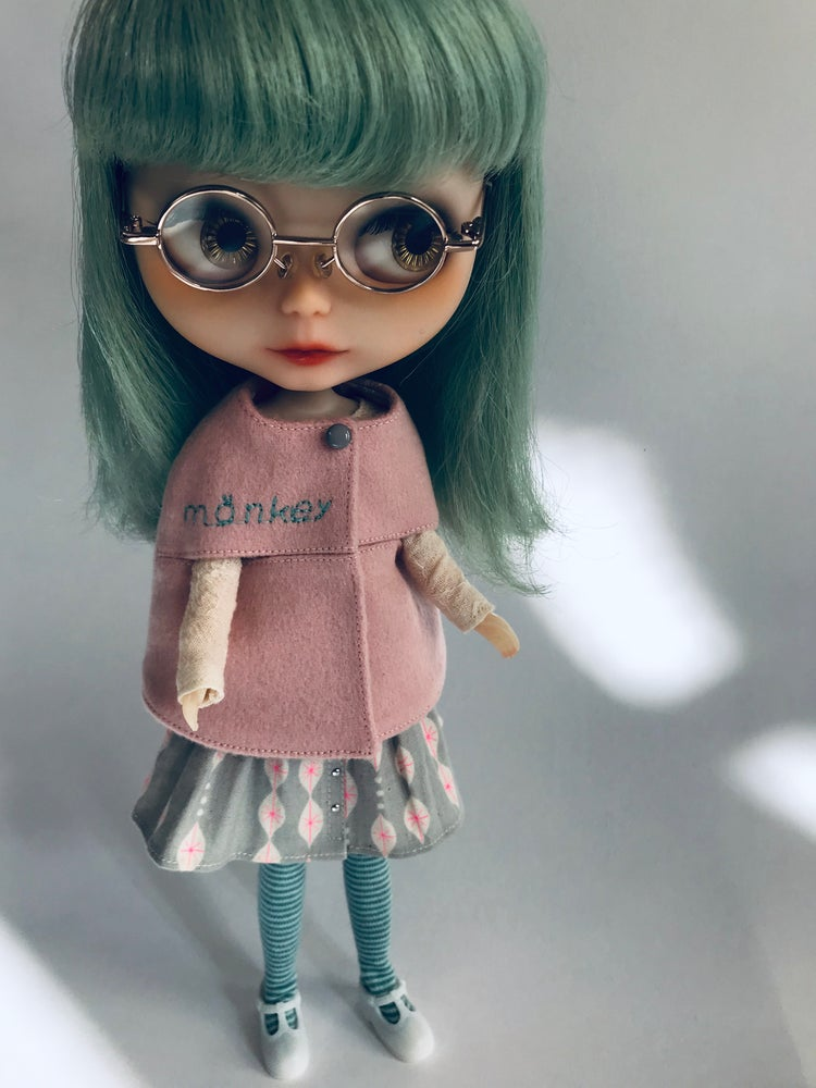 Image of Nerd cosy Cape set for Neo Blythe
