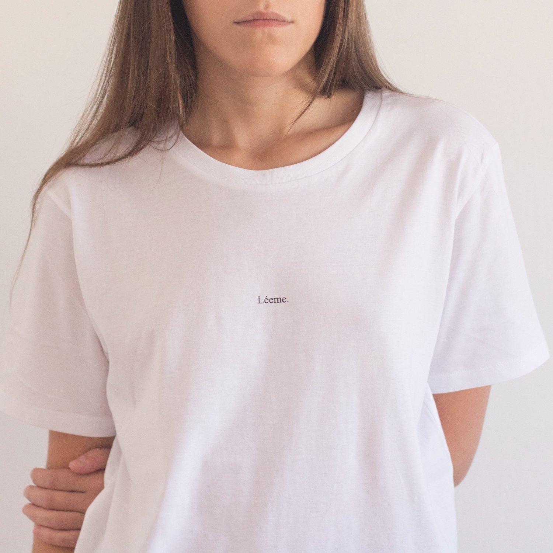 Image of Camiseta Léeme
