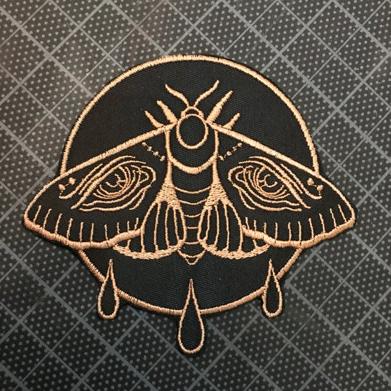 Image of Weeping Moth Patch