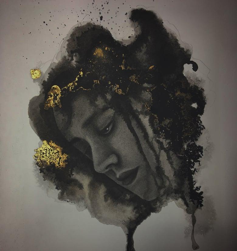 Image of Black & Gold lady