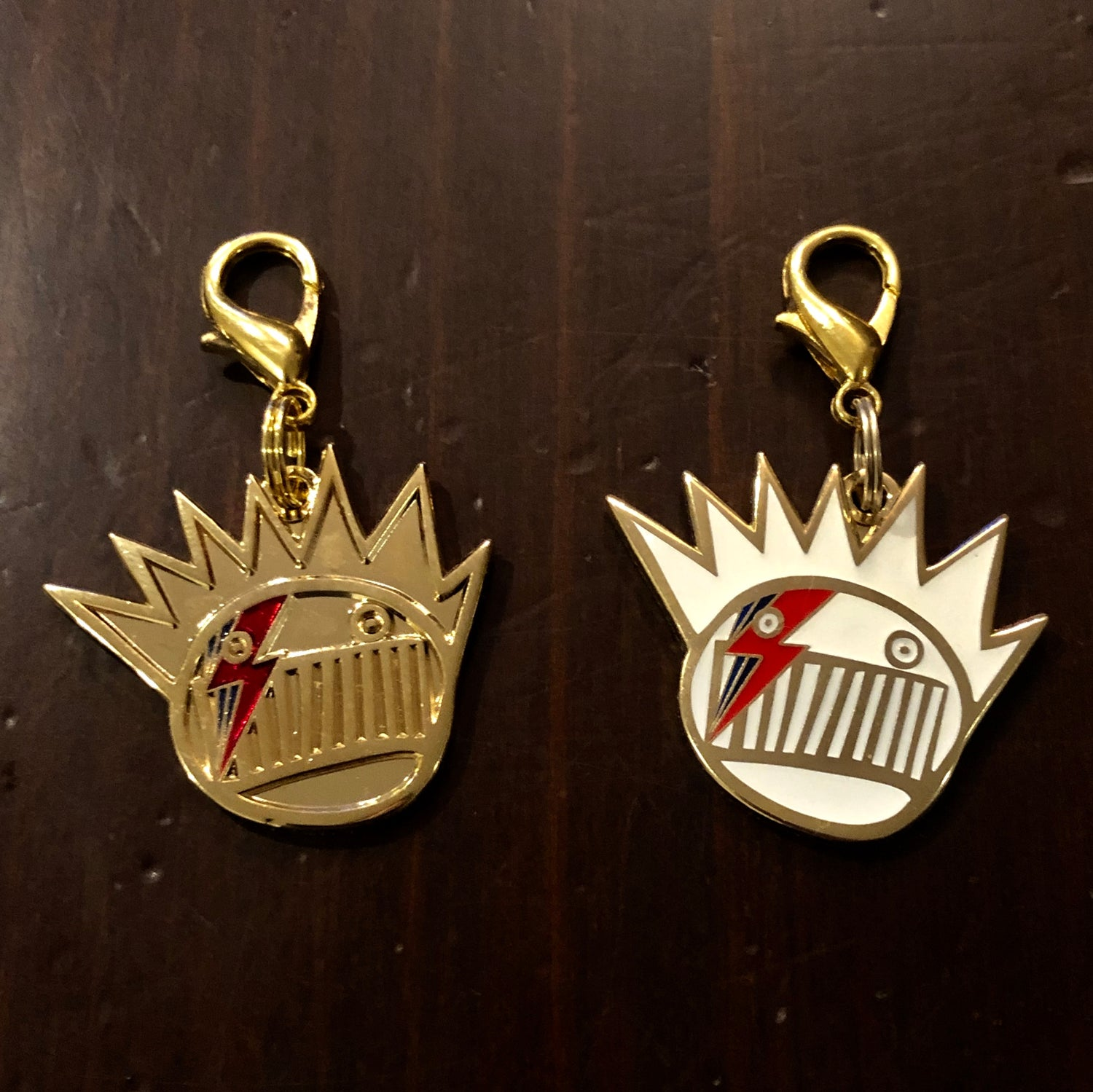 Image of Bowie/Boognish zipper pulls