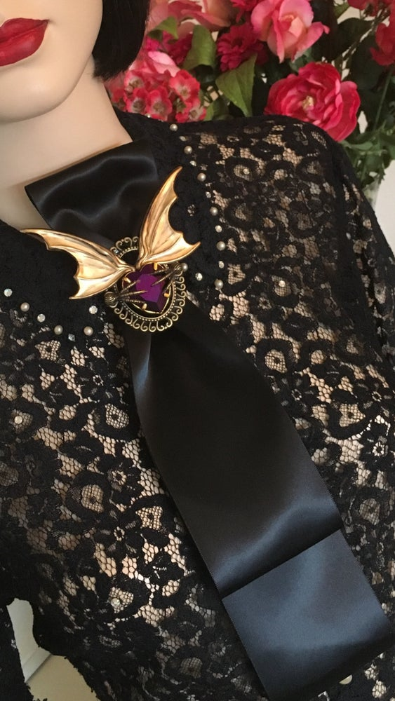 Image of Neo Victorian Vampire Tie With Wings And Claws