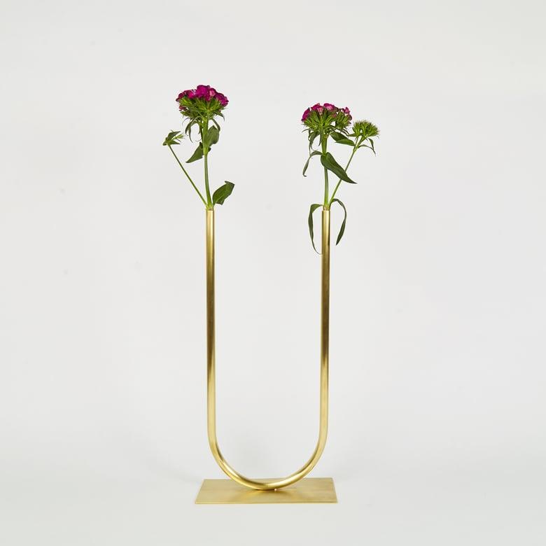 Image of Vase 00369 - Even U Vase