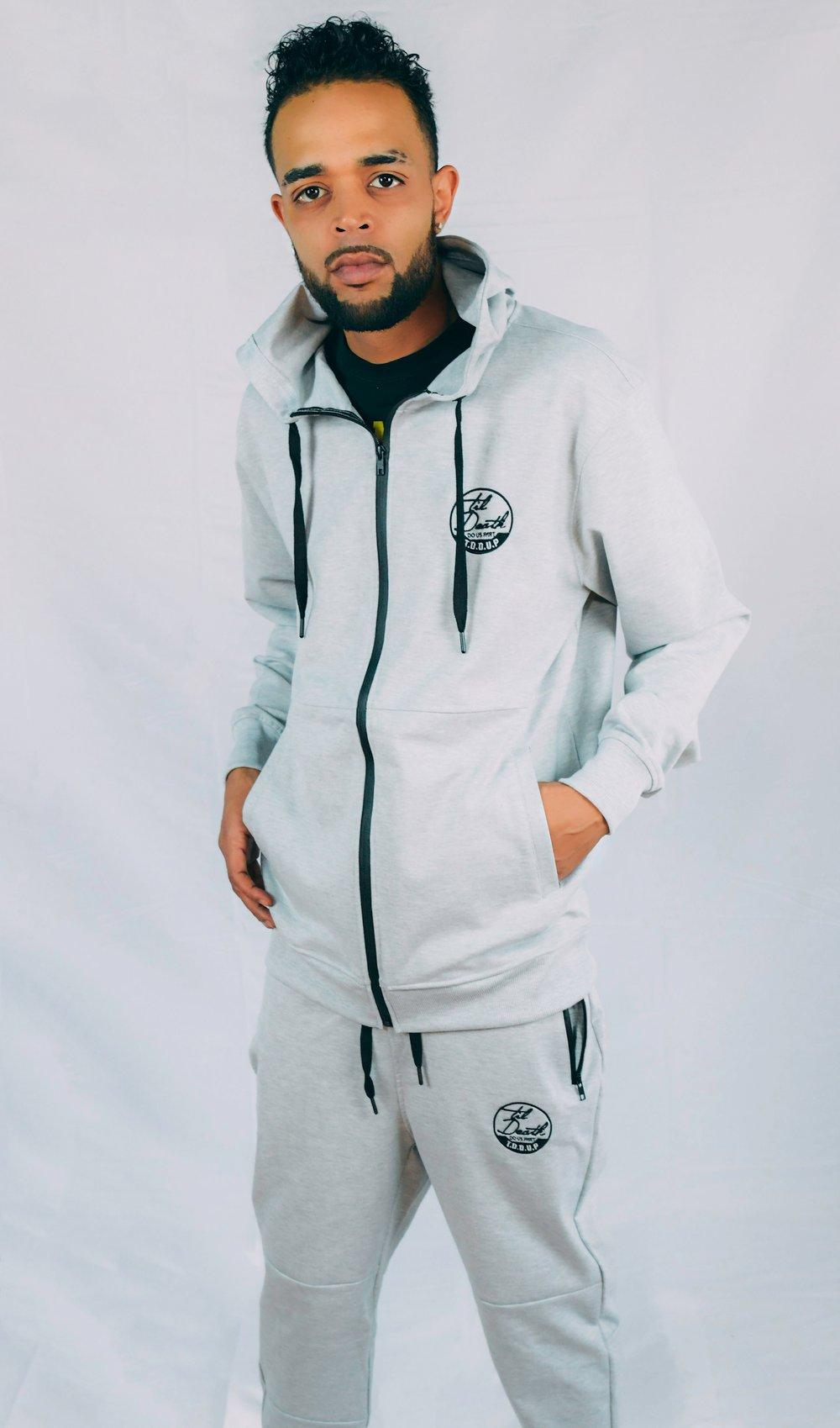 Image of Tech Fleece Suit (GRAY)