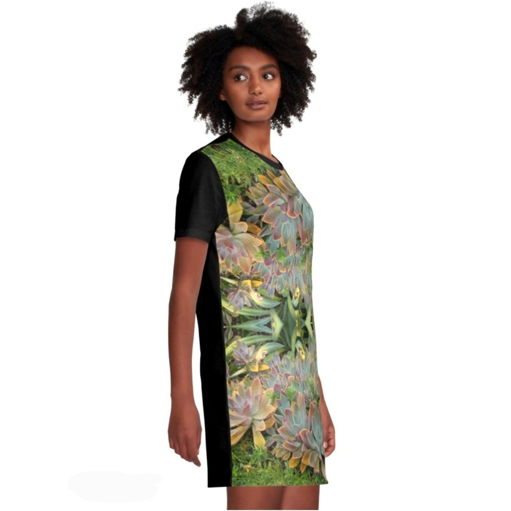 Image of #succulovers T-shirt Dress GREEN GARDEN