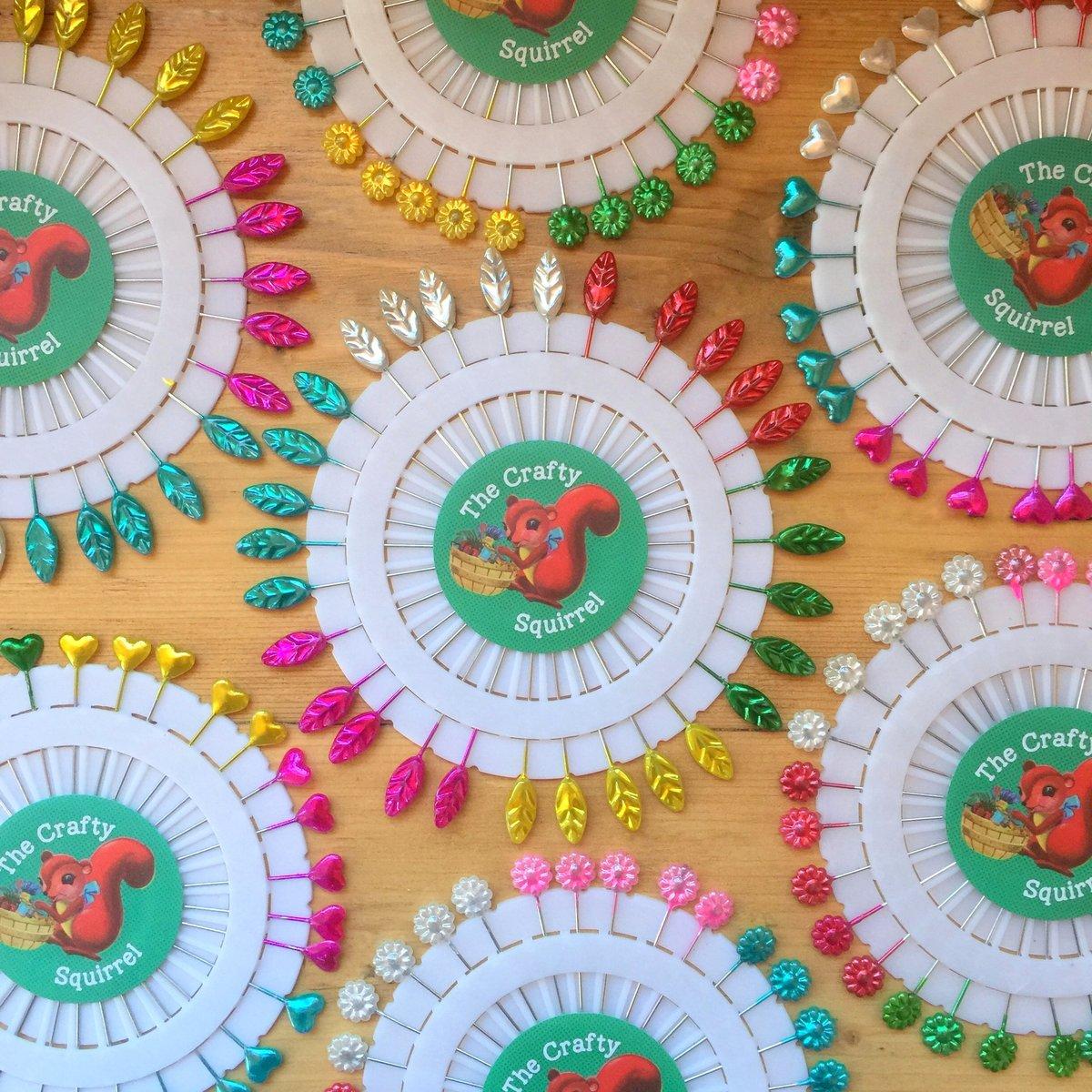 Image of Crafty Squirrel Flower, Heart, Leaf & Star Sewing Pins