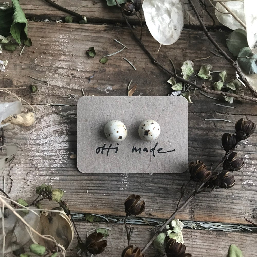 Image of Quail speckle studs Large