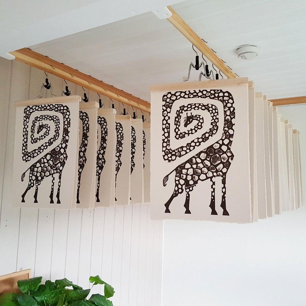 Image of Originalt collografi - Giraff av Anine Hansen