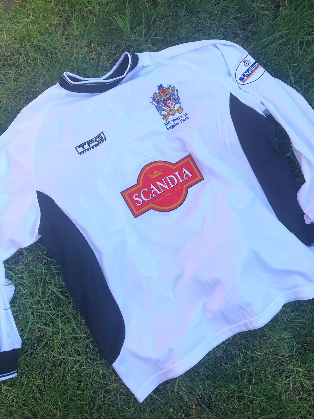 Image of Match worn 2002/03 Dave Challinor away shirt