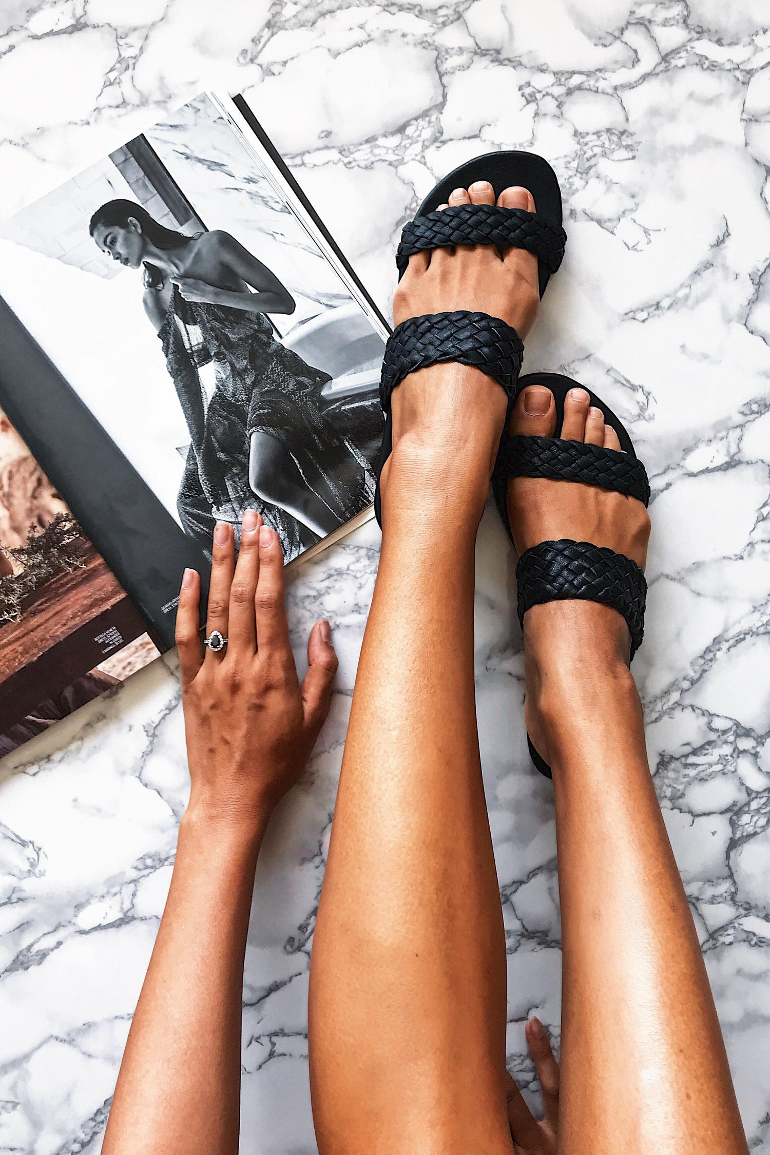 Image of SENJA SLIDES - BLACK