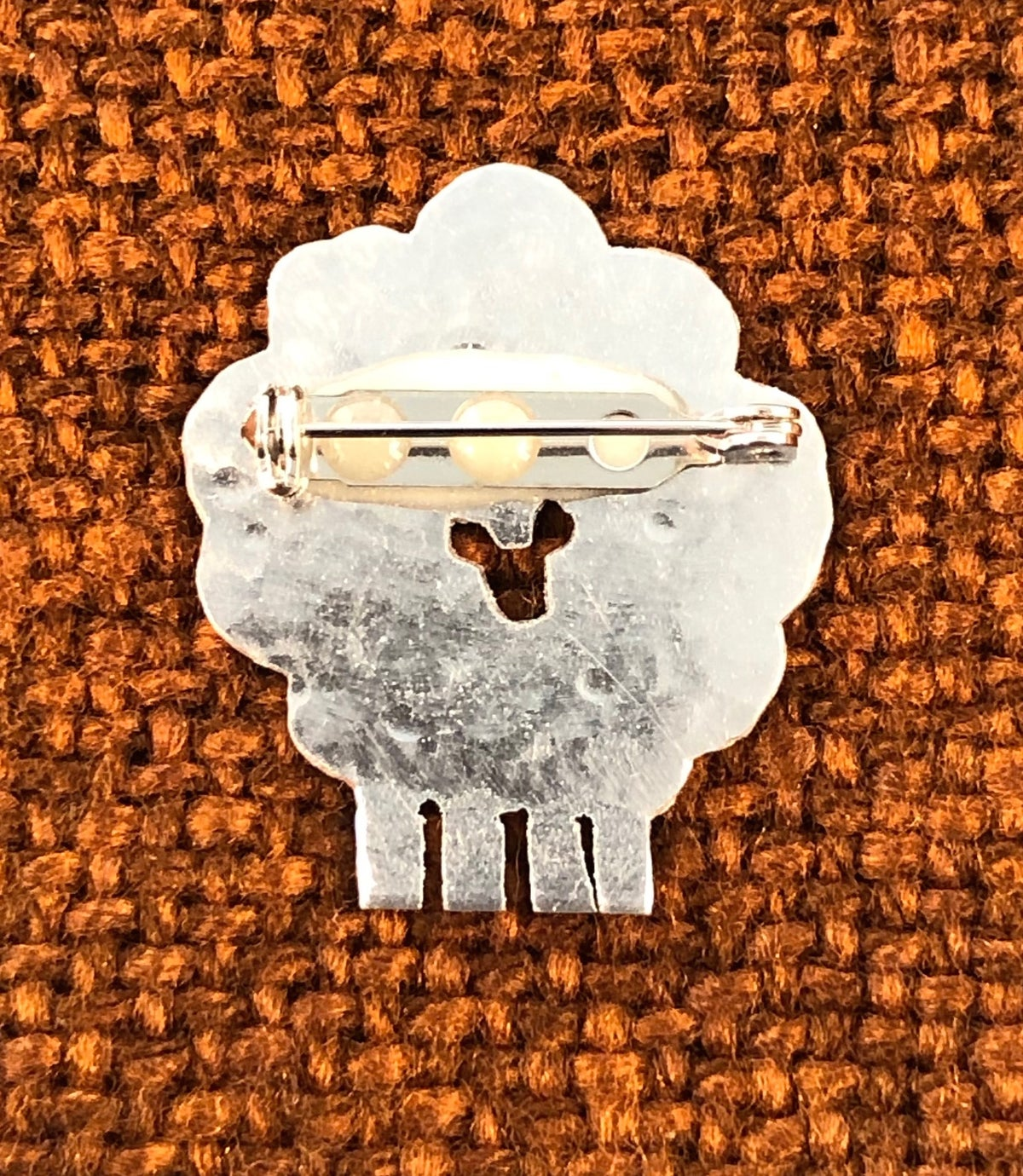 Image of Sheep brooch or necklace.