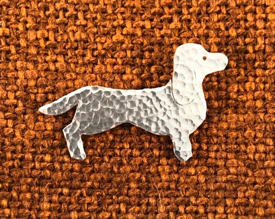 Image of Sausage dog brooch or necklace.