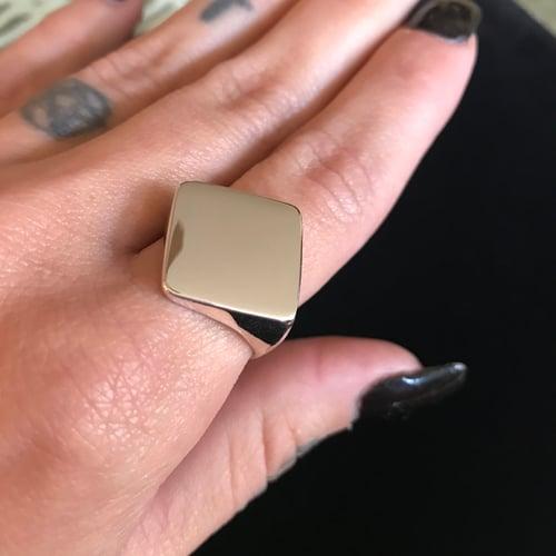 Image of DIAMOND SIGNET