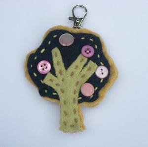 Image of fruit tree bag-tag craft kit
