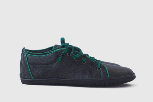 Image of Barefoot sneakers in Pebbled Black & Green Trim