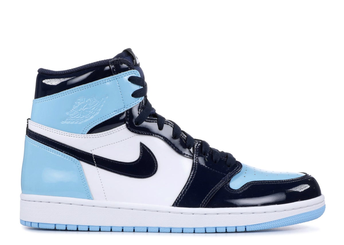 "Image of WMNS AIR JORDAN 1 RETRO HIGH OG ""UNC"""